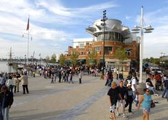 National Harbor: National Plaza