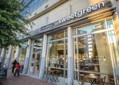 Downtown Silver Spring: Sweetgreen