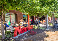 Rio Washingtonian Center: Nando's Peri Peri
