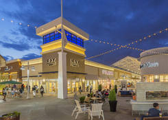 Tanger Outlets National Harbor : Kay Jewelers