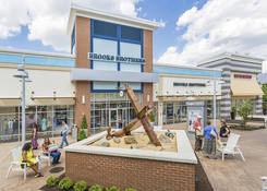 Prime Restaurant Opportunity at Tanger Outlets National Harbor: Brooks Brothers