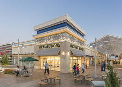 Prime Restaurant Opportunity at Tanger Outlets National Harbor: Michael Kors