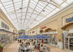 Prime Restaurant Opportunity at Tanger Outlets National Harbor: