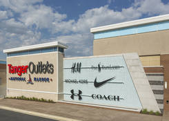 Tanger Outlets National Harbor : Tanger Outlets National Harbor
